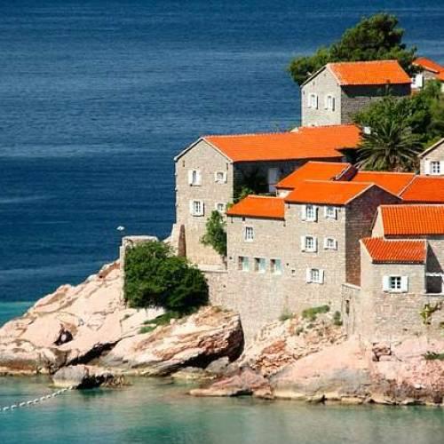 Vacanze in Montenegro fra paesaggi incantevoli, cultura e divertimento
